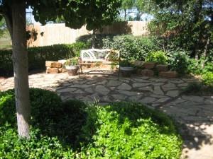117 Dollar Bill Drive - Garden Setting
